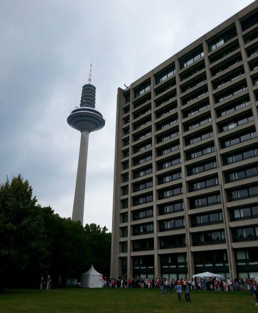 Bundesbank Zentrale und Europa Turm in Frankfurt Ginnheim