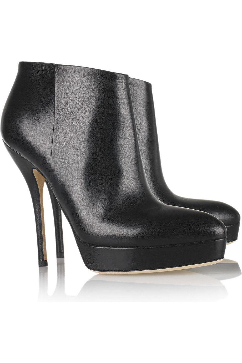 Pin de Julie Schalk em Gucci  3   Pinterest   Bota, Calçado feminino ... a50df36d47