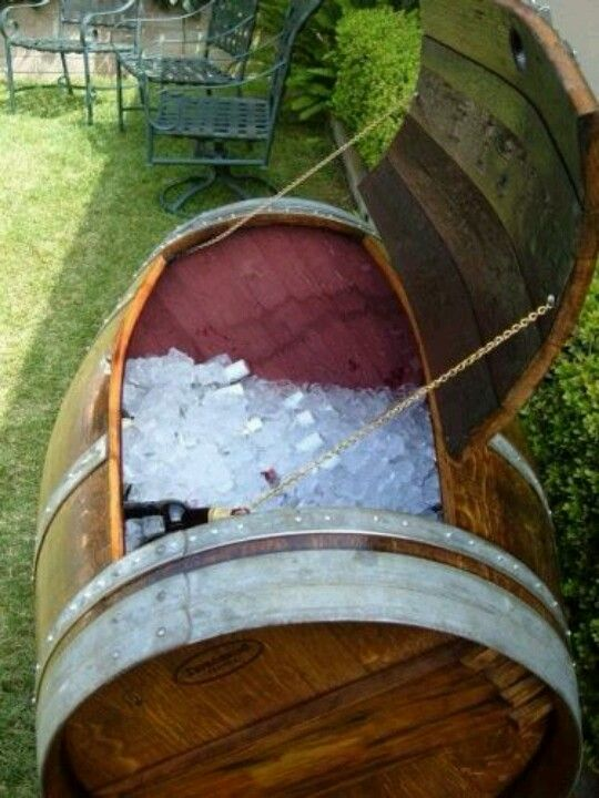 Beer barrel ice chest diy wood projects for jason for Diy whiskey barrel bar