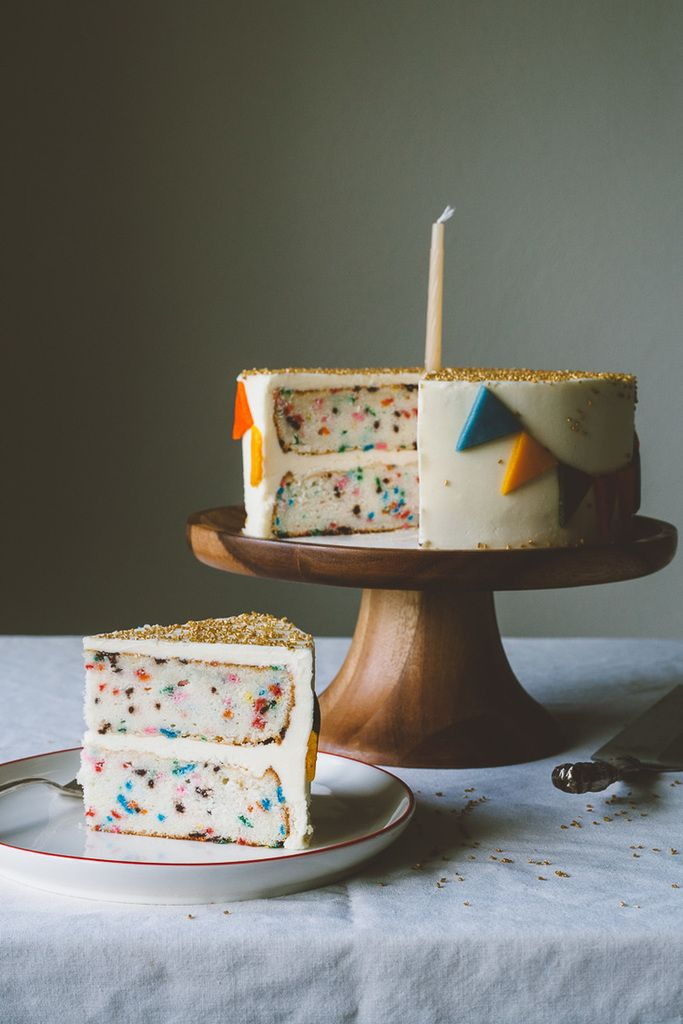 A gorgeous funfetti cake recipe with lots of info on how to get the best funfetti look | My Name Is Yeh
