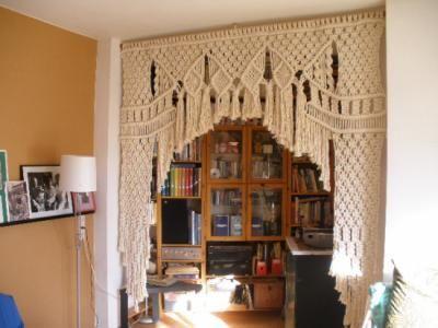 rideau macram pinterest rideaux macram macram et vitrines. Black Bedroom Furniture Sets. Home Design Ideas