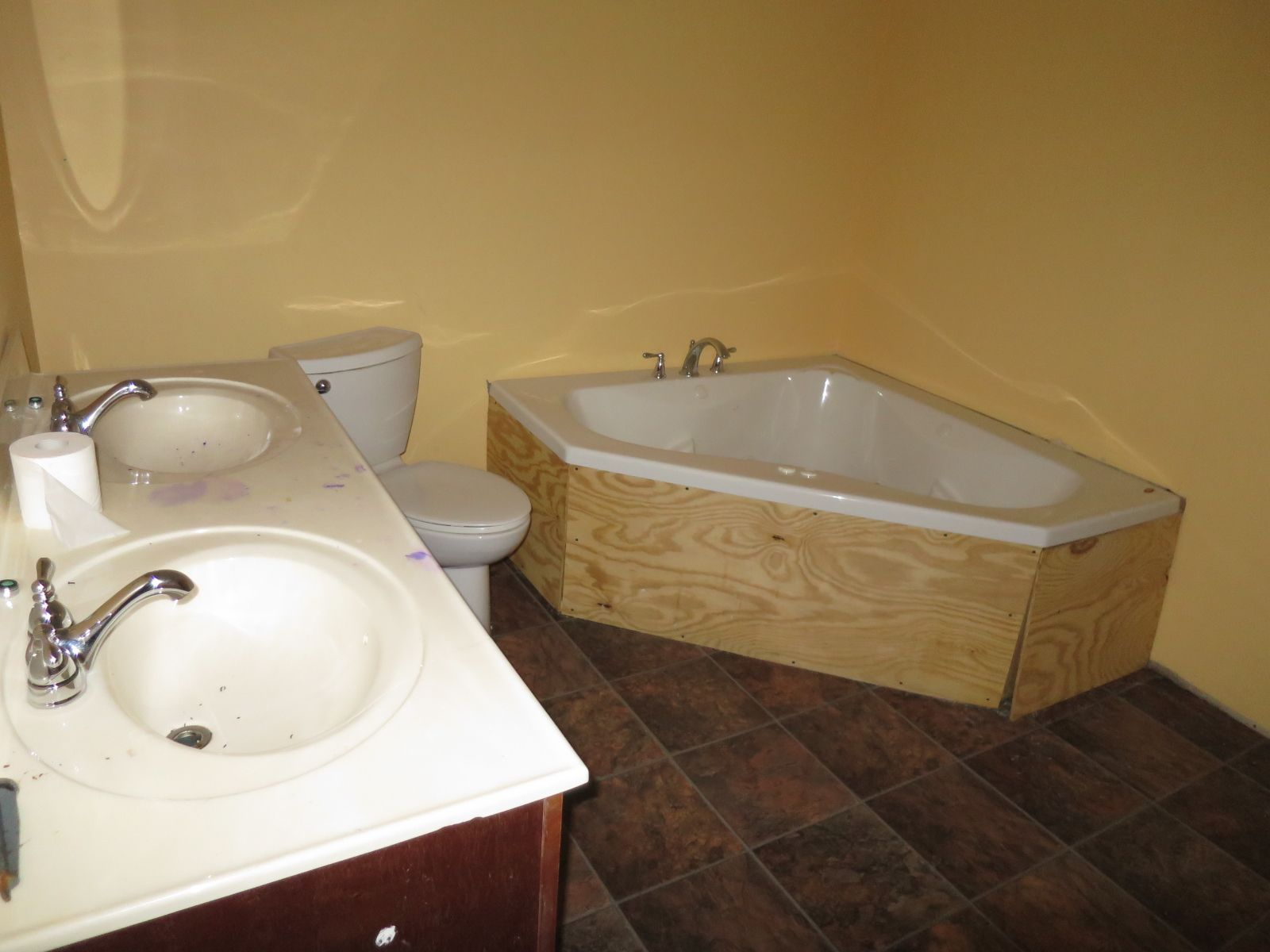 Bathroom 1999 Fleetwood Mobile / Manufactured Home in Middletown, PA ...