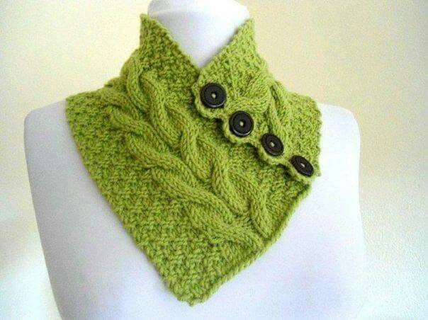 tour de cou tricot boutonn tricot pinterest knitting crochet et crochet scarves. Black Bedroom Furniture Sets. Home Design Ideas
