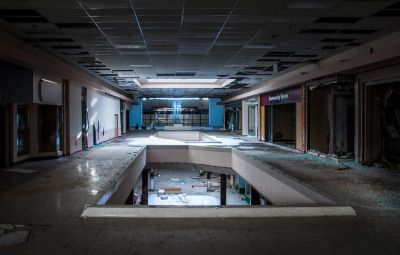 Abandoned malls - http://museinspo.tumblr.com/post/128433732423/88floors-abandoned-shopping-malls