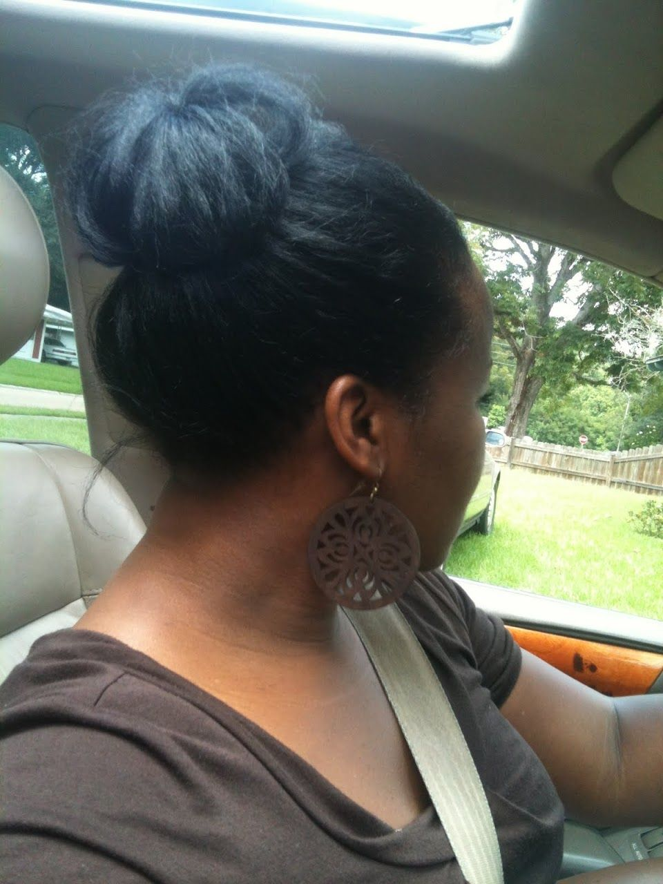Protective style bun no add in started with foam roller set to