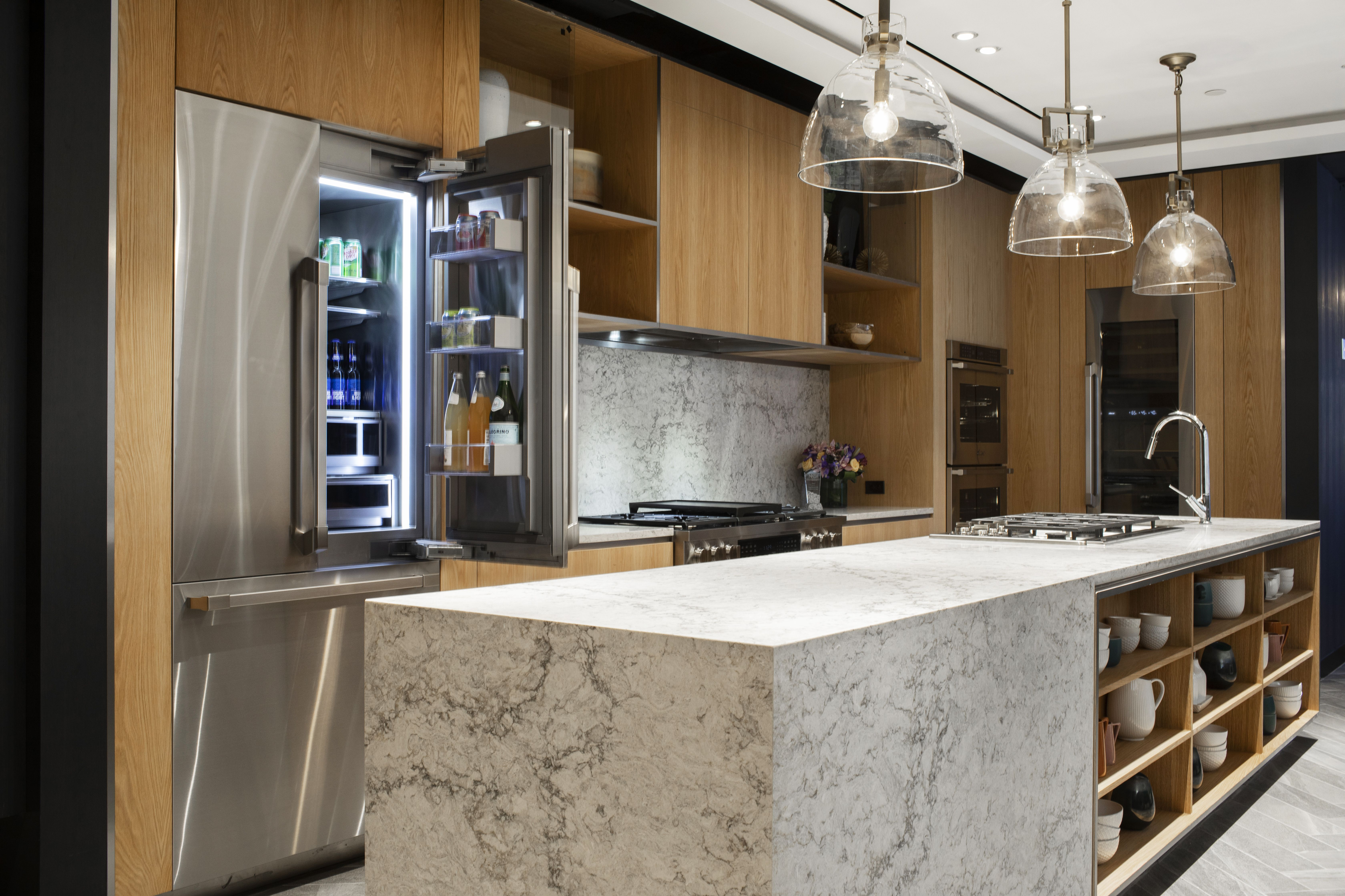 Experience Hands On Luxury And Innovation Diy Kitchen Renovation Kitchen Remodel Elegant Kitchen Design