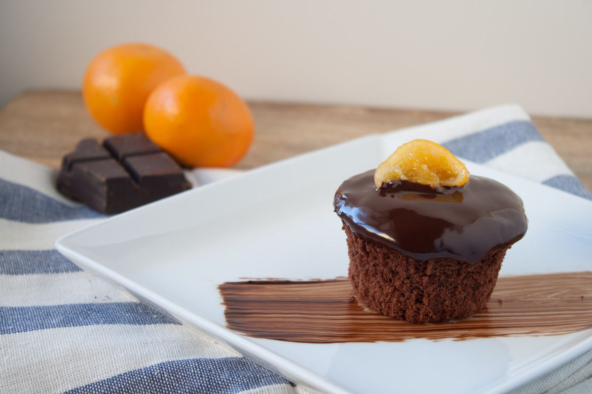 Gojee - Chocolate Clementine Cupcakes by Blogging Over Thyme