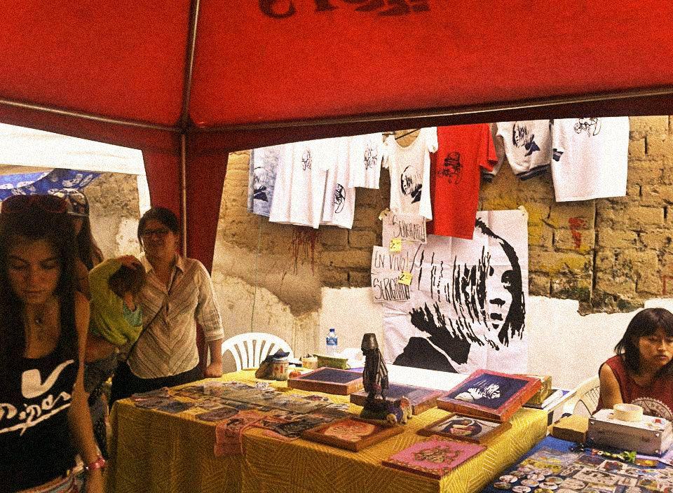 Foto: Camile Coté Feria Unguento de Bacalao  11/04/2015 más info en FB: SAKA GRAPAS