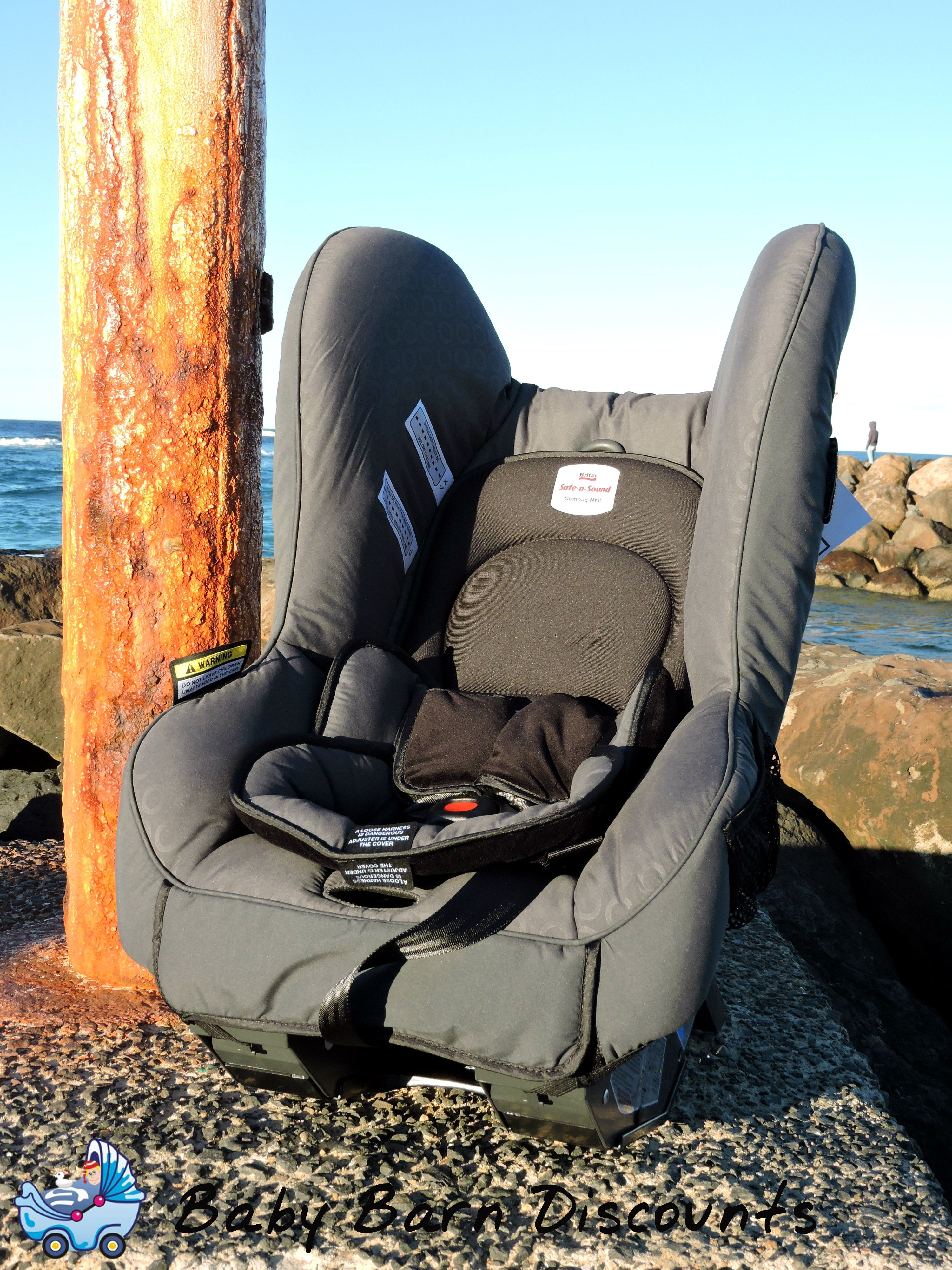 The Safe N Sound Compaq Mkii Convertible Car Seat Grey Slim Line