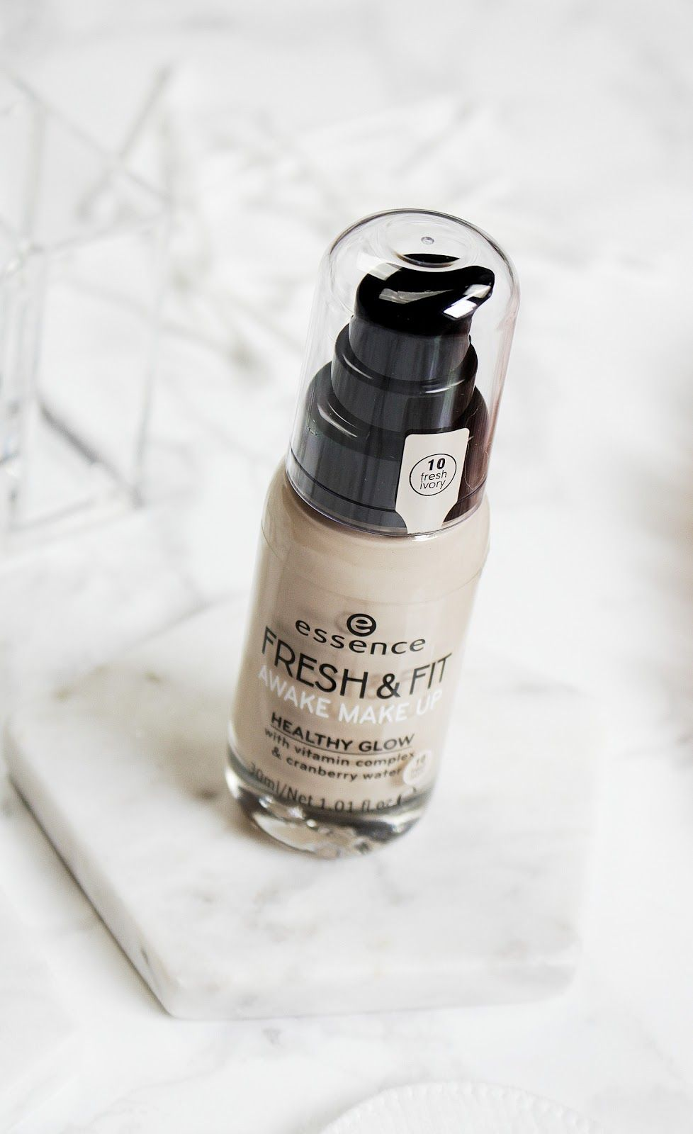 43a133fa8 NEW Essence Fresh & Fit Foundation Review - http://www.joliennathalie