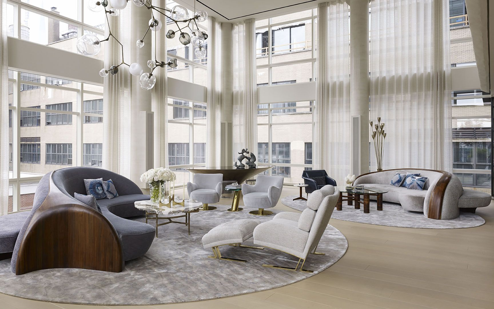 Vladimir Kagan Created Furniture Including The Sofas For This Lower  Manhattan Apartment Designed By Amy Lau