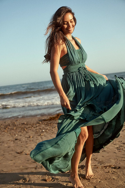 Santa Maria Maxi Dress In 2021 Dresses Maxi Dress Free People Dress [ 1500 x 1000 Pixel ]