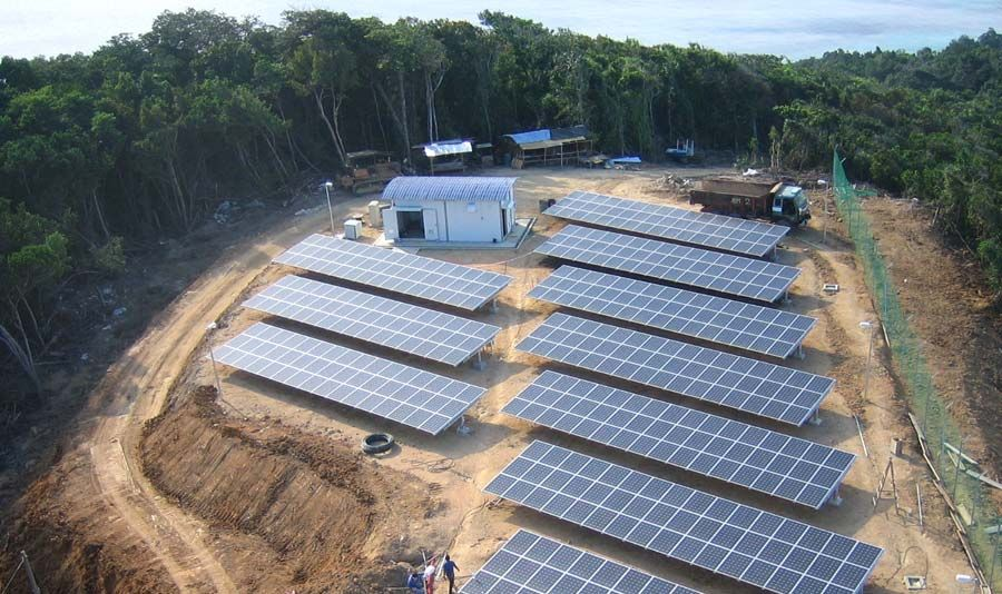 A 430 Kilowatt Array Of Solar Panels Installed By Optimal Power Systems In Eastern Malaysia Brings Power To A Thousand P Solar Solar Panels Solar Energy Panels