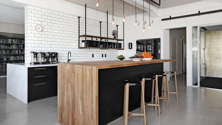 cuisine avec bar pour optimiser l espace et profiter de la. Black Bedroom Furniture Sets. Home Design Ideas