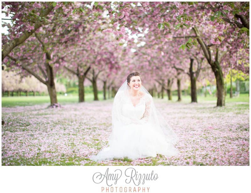 brooklyn botanical garden wedding photos cherry blossoms amy rizzuto photography