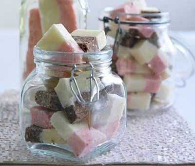 Coconut Ice No Cook Quick To Make And Super Moreish Only 4 Ingredients Ingredients Serves 12 200g Coconut Ice Recipe Icee Recipe Condensed Milk Recipes