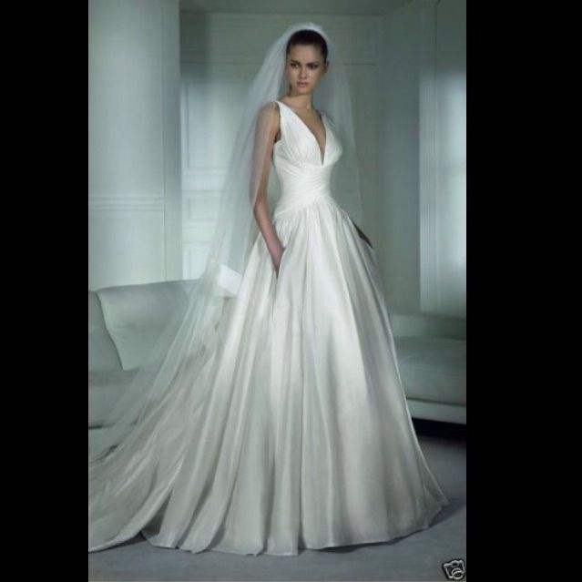 Pure Raw Silk Pronovias Wedding Gown | Products