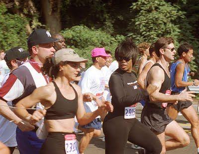 Oprah Ran A 4 30 Marathon Running Triathlete Magazine Marathon Running
