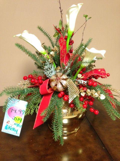 Holiday Decor Christmas Decorations Christmas Wreaths Christmas Diy Christmas 2017 Christmas Arrangements Christmas Centrepieces Centerpieces