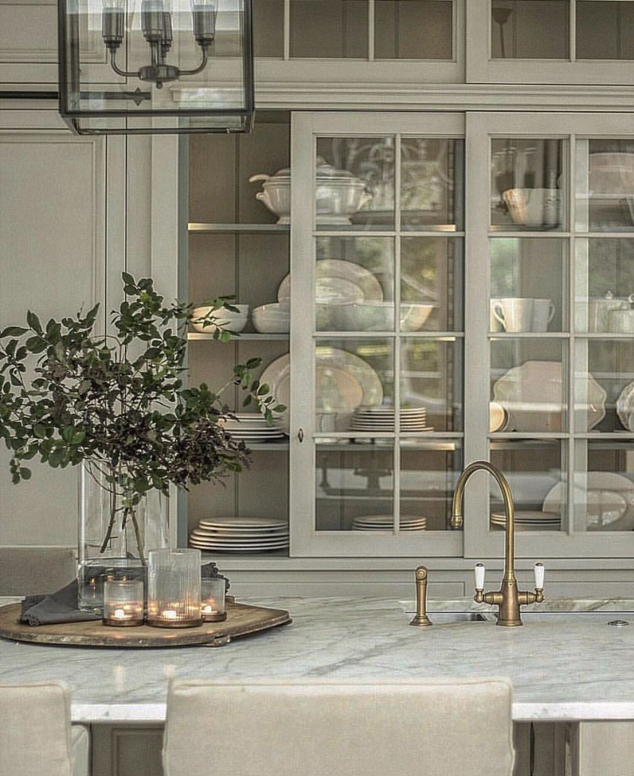 pin by erika howell on vignettes and floral arrangements in 2019 rh pinterest com