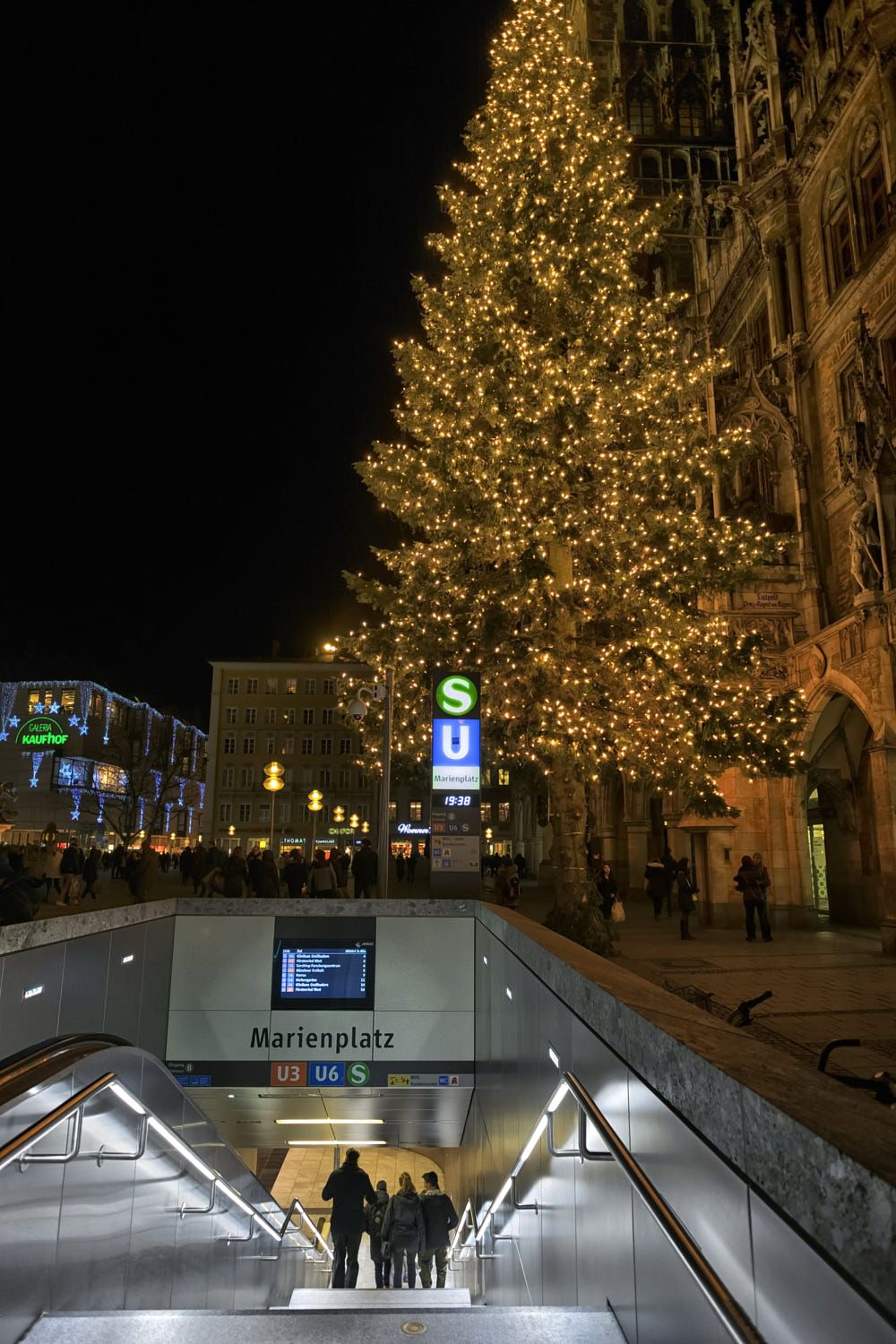 Marienplatz Subway And Xmas Tree Dscf7931 1 Jpg By Emre Turan On