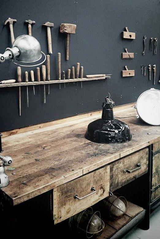Meuble De Metier Dans Un Atelier Plus De Photos Sur Le Site