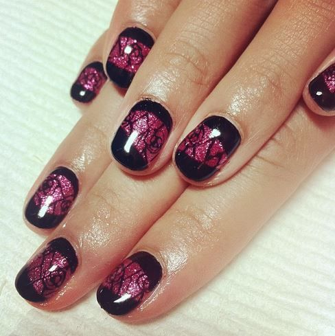 the most festive antivalentine's day nail art around in