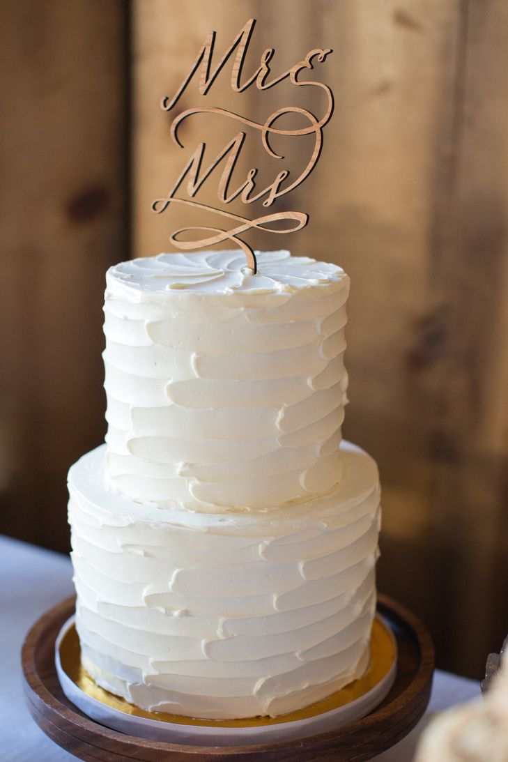 White Wedding Cake With Wooden Topper Wedding Cake Toppers In 2019