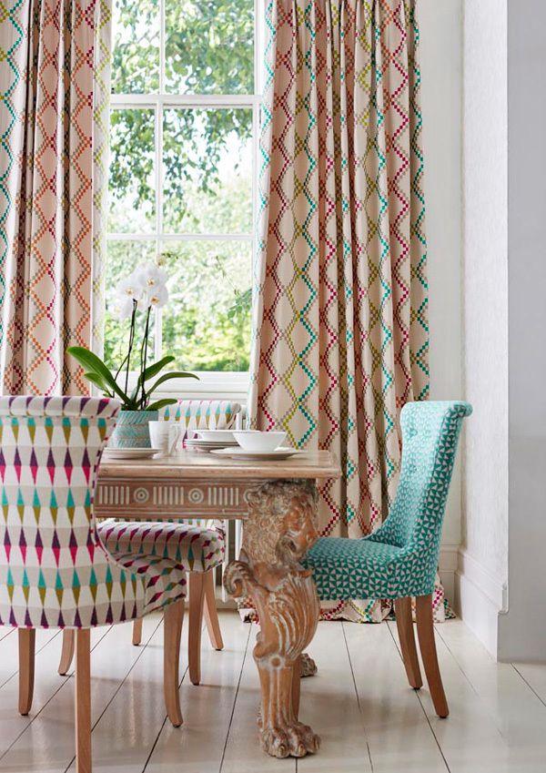 Comedor con telas estampadas de harlequin telas - Telas para alfombras ...