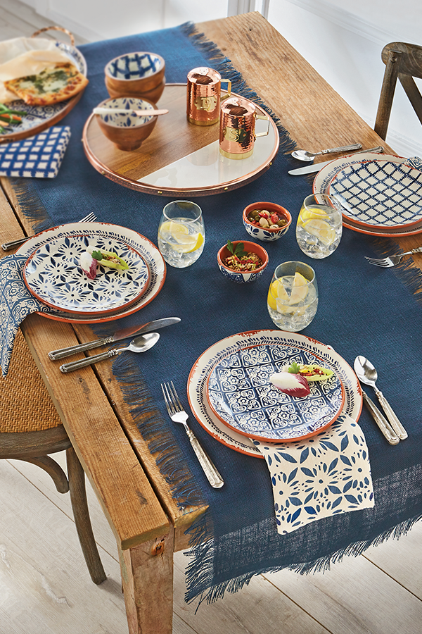 Dreaming About This Absolutely Gorgeous Tablescape For Spring And