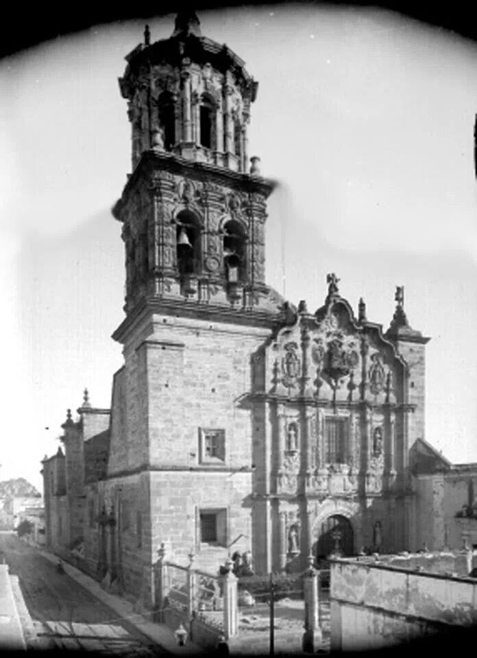 Templo San Felipe Neri 1900