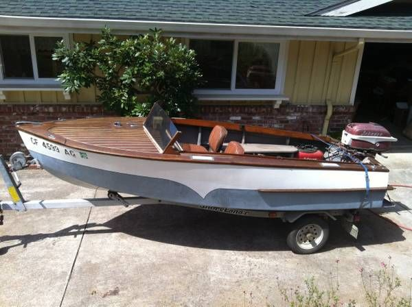 1957 Classic Playboy 14 Runabout