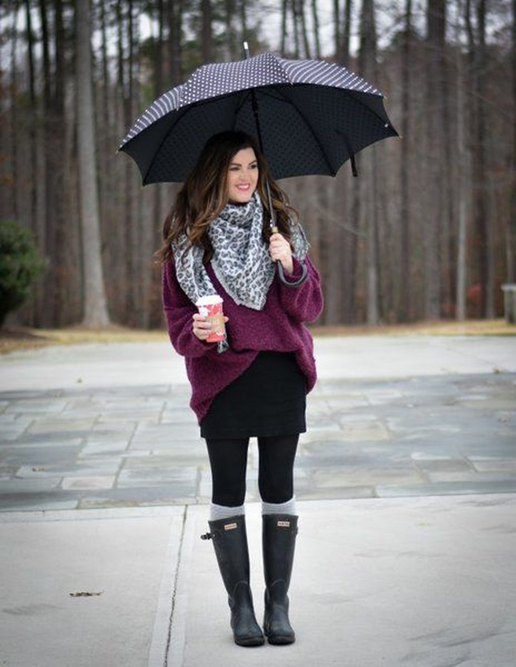 46 Stunning and Stylist Outfits Ideas To Wear On Rainy Day - TILEPENDANT #rainydayoutfitforwork