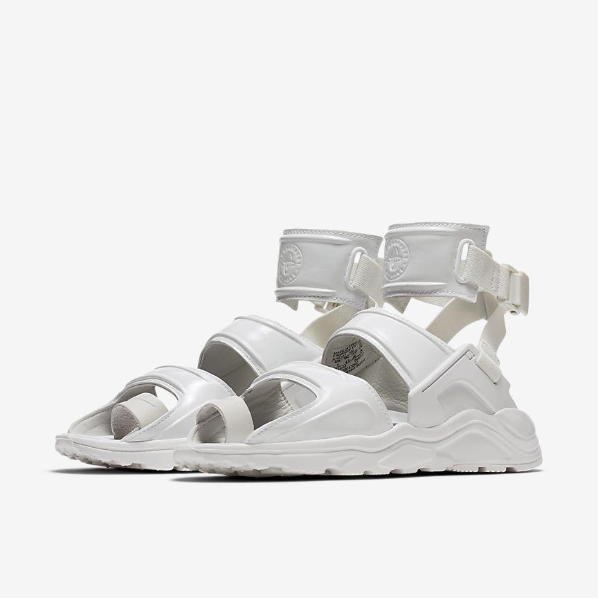 Nike Air Huarache Gladiator QS Women's Shoe