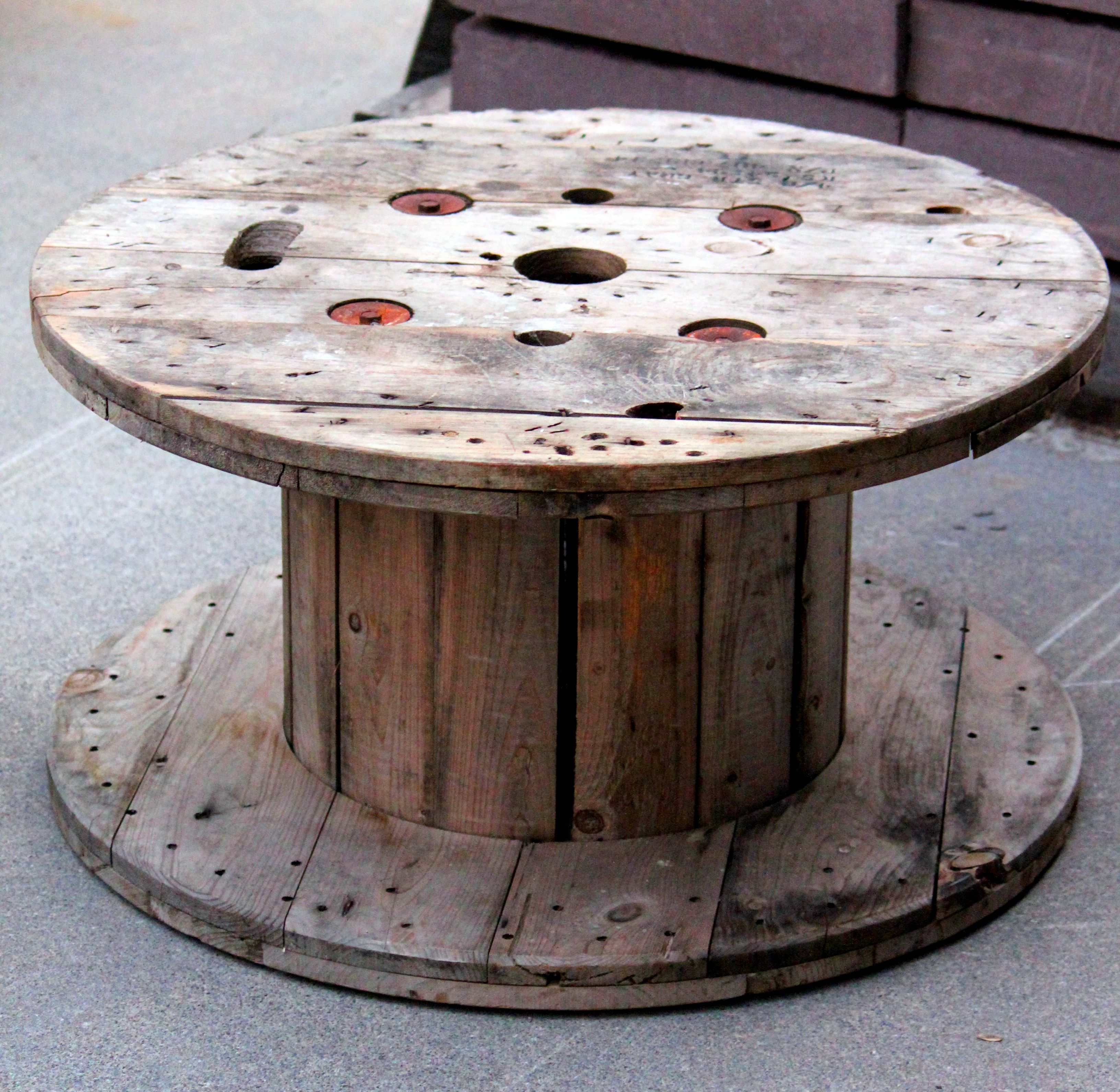 Cable spool tables the site i pinned this from has the best cable spool tables the site i pinned this from has the best collection of pictures geotapseo Image collections