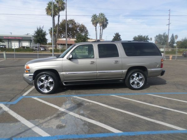2001 Gmc Yukon Xl Suv For Sale Chrome Wheels The Row