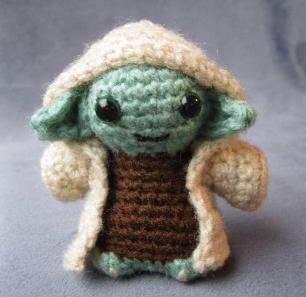 Woven Star Wars figure ~ hahaha, cute!