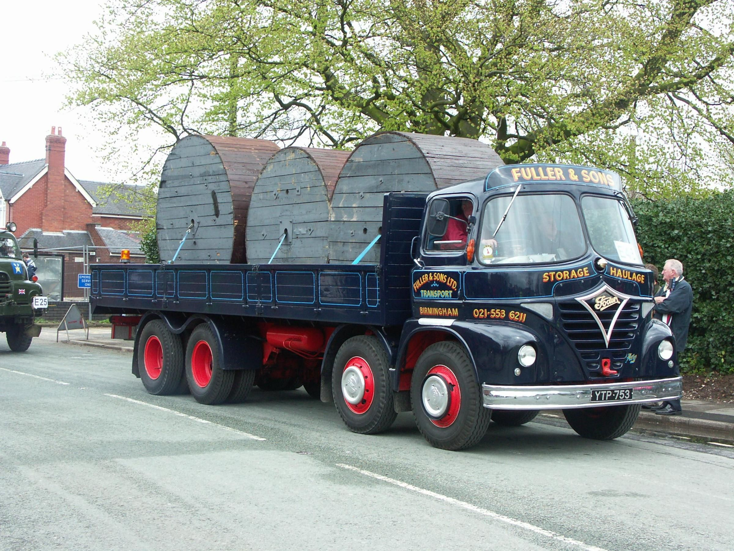 Pin by Bernard Toulgoat on British mercial vehicles Lorry truck