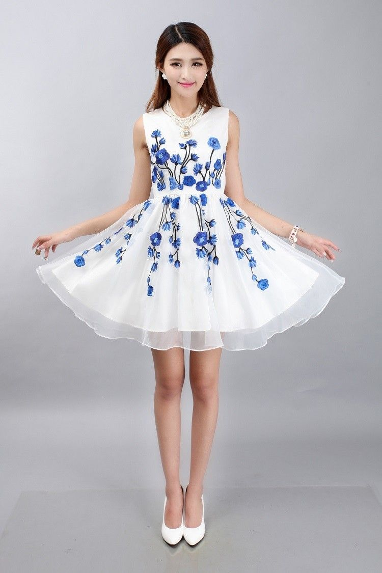 Chinese Traditional Style White Chiffon Dress With Blue Flowers ...