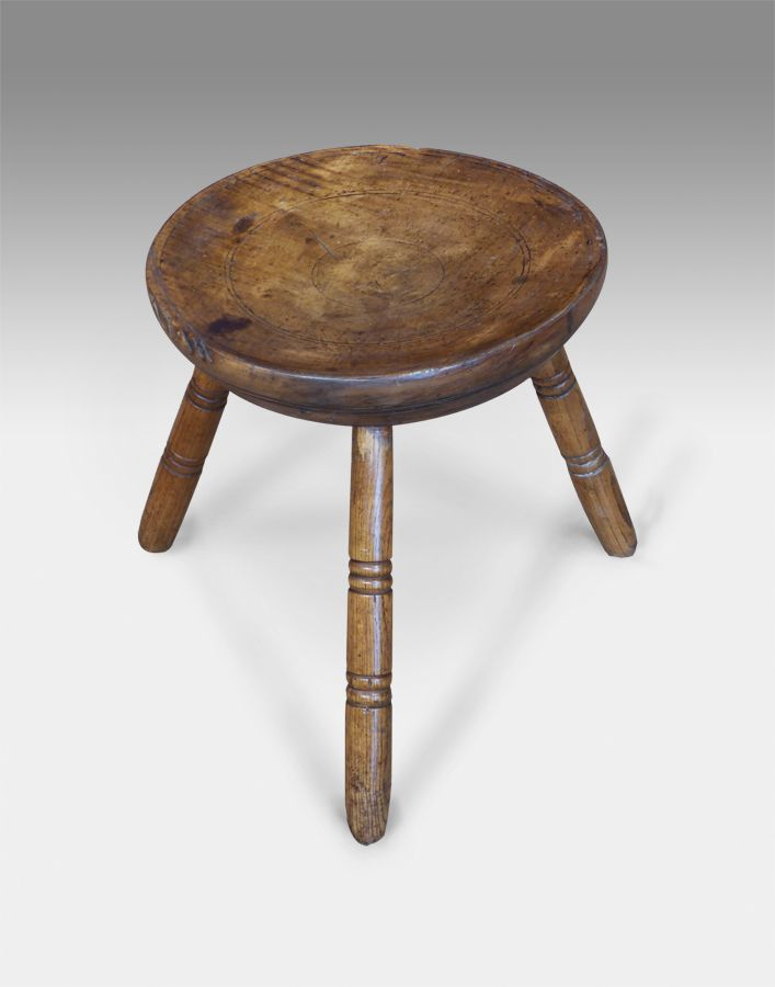 Edwardian (1901-1910) Antique Furniture Antique Elm Milking Stool Fine Craftsmanship