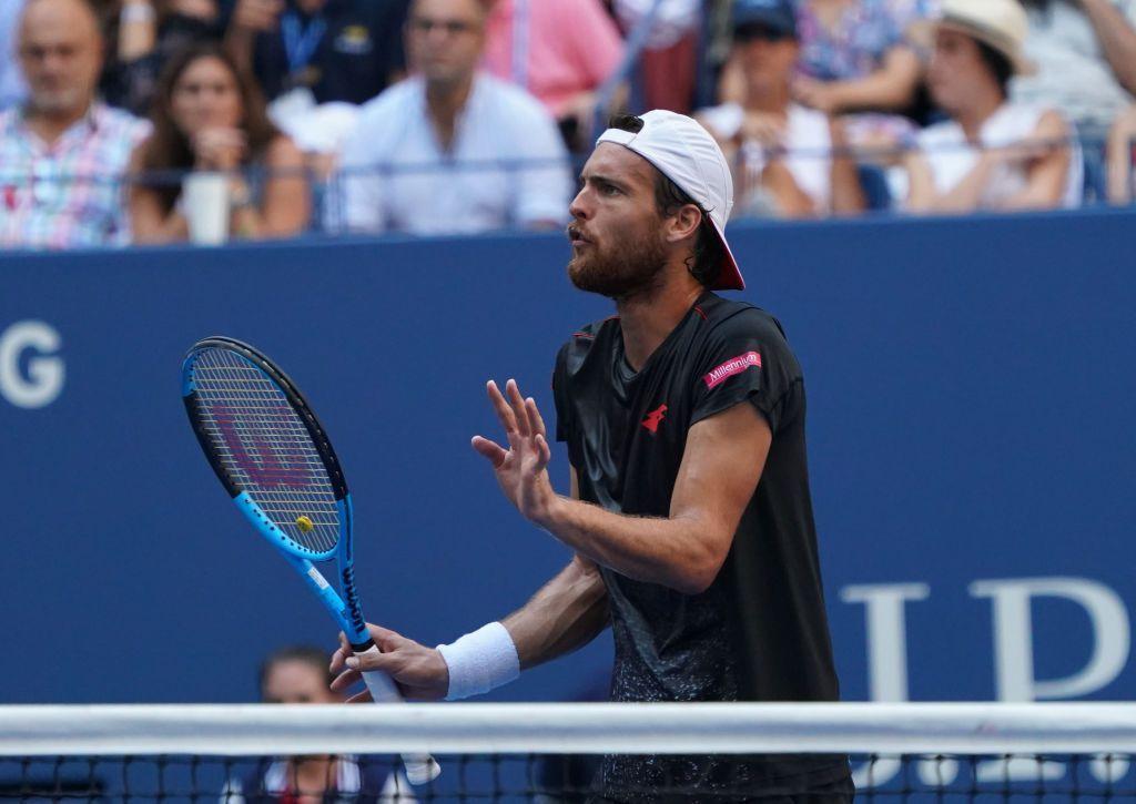 Joao Sousa Not Happy With Novak Djokovic Toilet Break During Us Open Contest Novak Djokovic Tennis Racket Sports