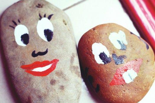 leuke gezichtjes om te schilderen op stenen bv: om tegen de deur te legen dat hij niet dicht valt