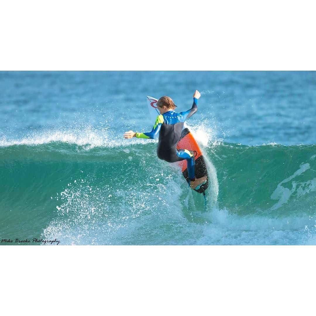 #surflife #billabong #roxy #snapperrocks #coolangatta #surfphotography #quicksilver #tracksmagazine #oakleys #oniells #wetsuit #prosurfer #photography #beach #canon #photographer #australia #queensland #thisisqueensland #seeaustralia #stagsurf #stagsurfing #surf #ocean #waves #sand #salt #lifestyle #beachlife #stagmagazine by mikebrooke_photography