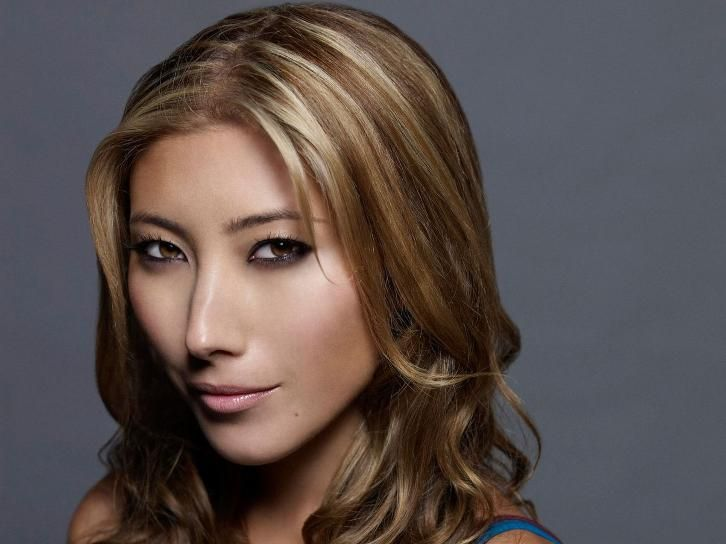 Supergirl Season 2 Dichen Lachman Cast As Roulette With