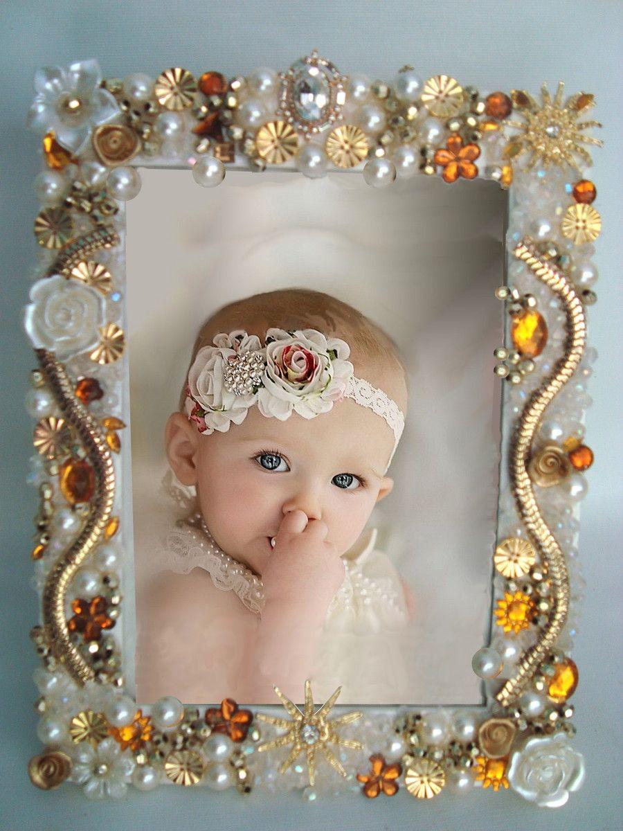 porta retrato em pedrarias ouroo 25 x20 mimos di menina elo7 caixas decoradas pinterest. Black Bedroom Furniture Sets. Home Design Ideas