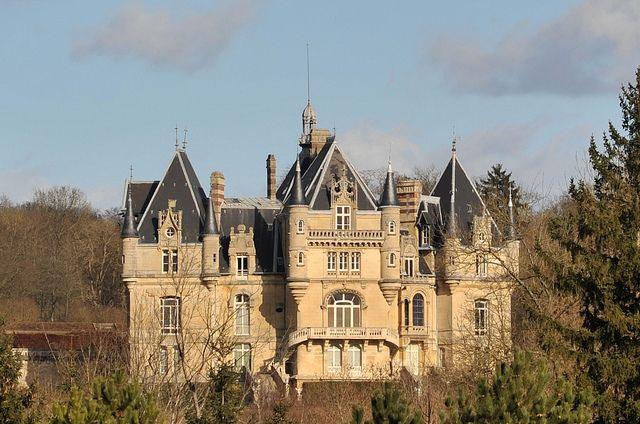 Chateau De Dampont A Us Val D Oise France Chateau France La
