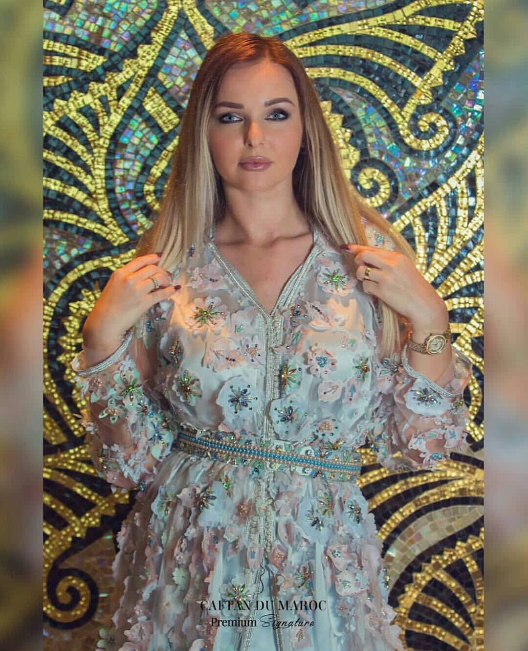 Caftan   Caftans en 2019   Kaftan, Moroccan caftan et Fashion ff38325f1d8