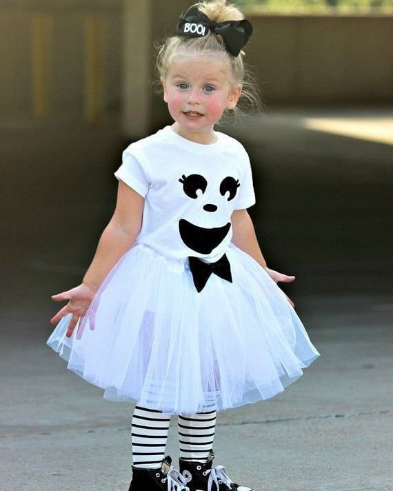 Gespenst Kostüm selber machen: DIY & Anleitung | maskerix.de #toddlerhalloween