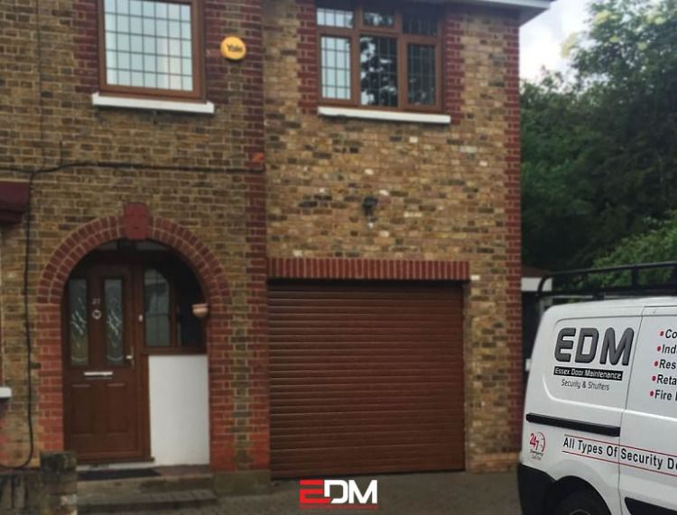 Garage Doors Supplied And Installed By Edm Edm Design And Install Electric Garage Doors And Garage Roller Doors For All Types O Roller Doors Electric Garage Doors Roller Shutters