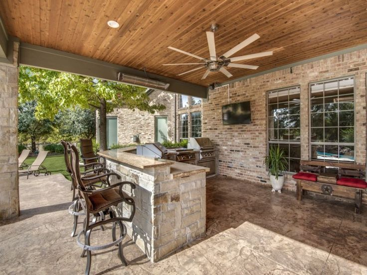 paradise outdoor kitchens for entertaining guests patio layout indoor patio on outdoor kitchen essentials id=55025